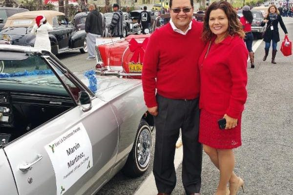 supporting-east-los-angeles-christmas-parade